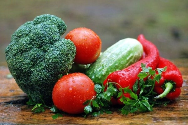 living well healthy food